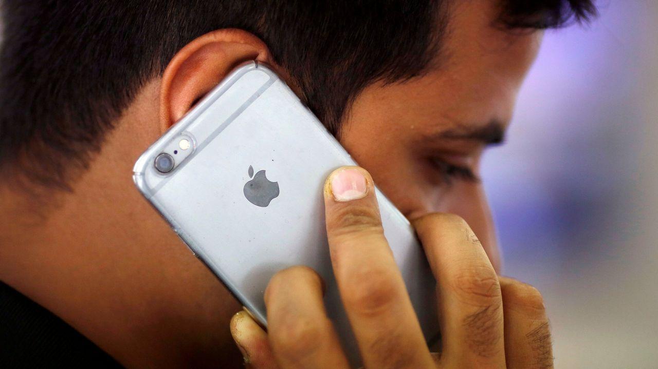 Apple admite que ralentiza iPhones antiguos a propósito.