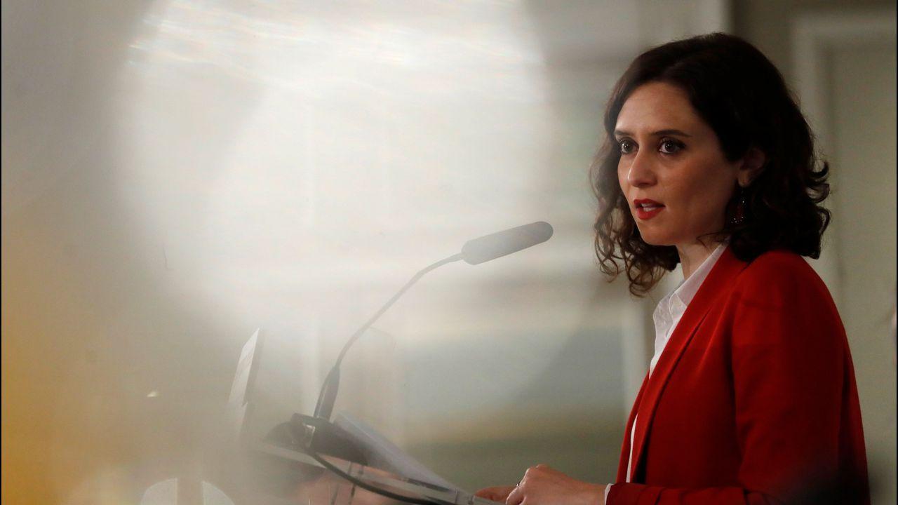 Díaz Ayuso propone que «el concebido no nacido» sea considerado como un miembro de la unidad familiar.Cayetana Álvarez de Toledo, en el Círculo Ecuestre de Barcelona, ante cerca de doscientos miembros de la sociedad civil y económica catalana