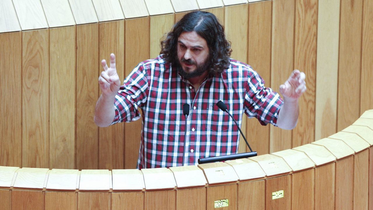 .Antón Sánchez, de En Marea, en el Parlamento