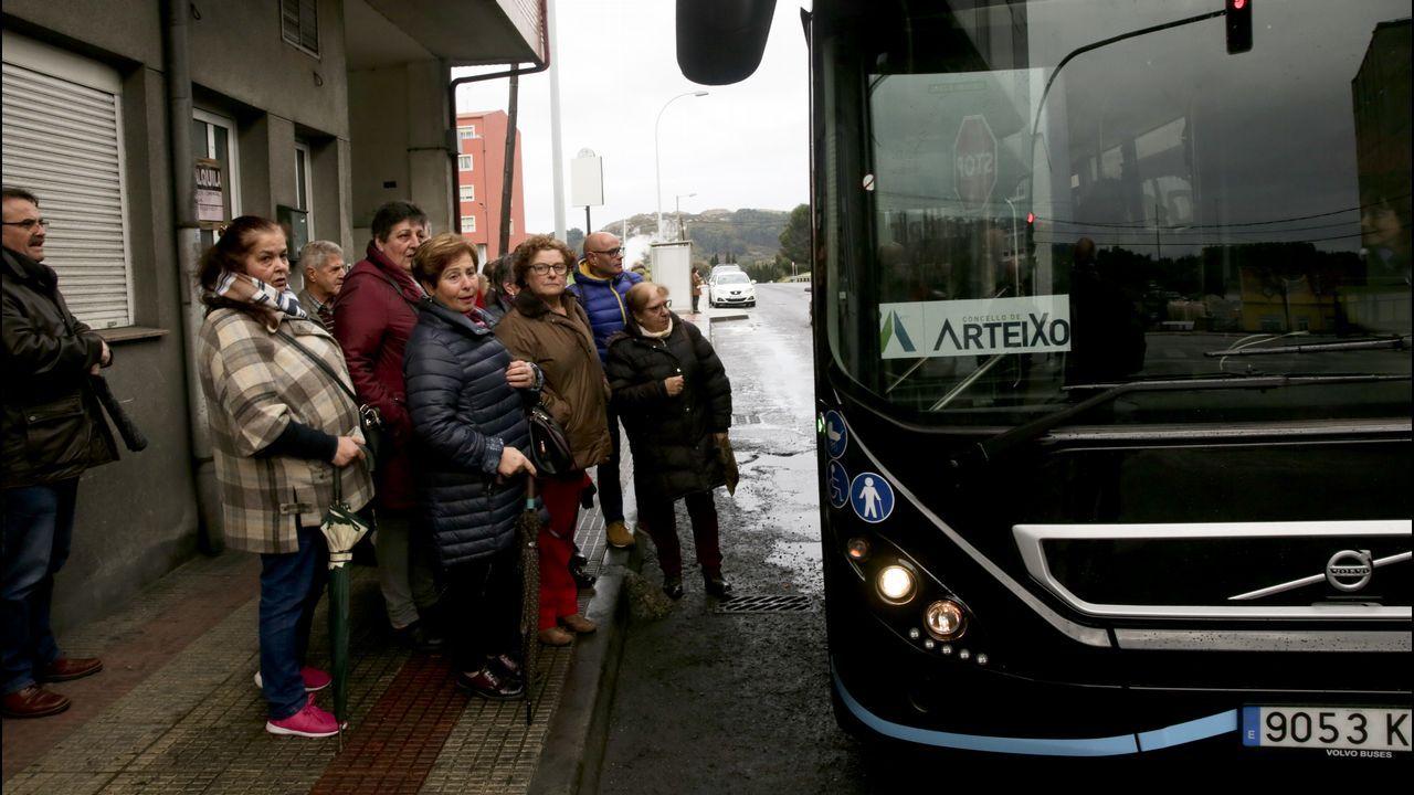 El autobús llega a Meicende