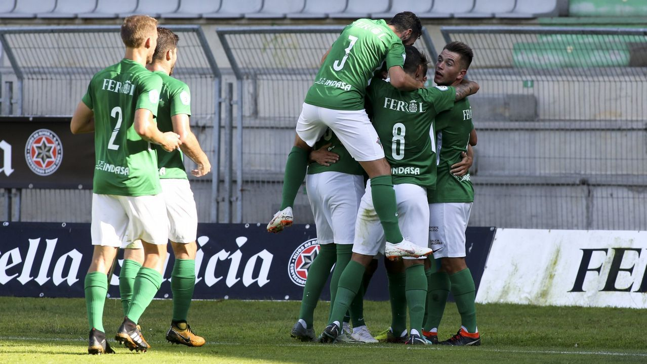 Las imágenes del partido de Copa del Rey entre O Parrulo yRibera Navarra