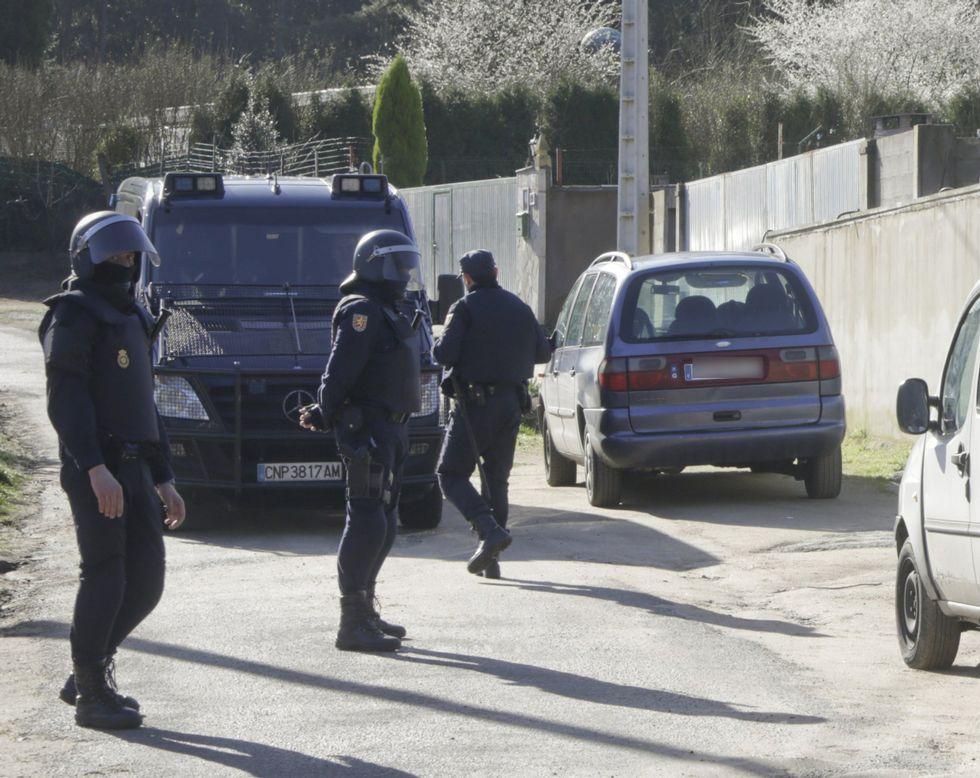 Imagen de la operación policial contra la familia que explotaba a indigentes en Culleredo.