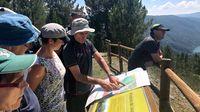 Un momento de la visita que los auditores de la Unesco realizaron al territorio del geoparque el pasado julio