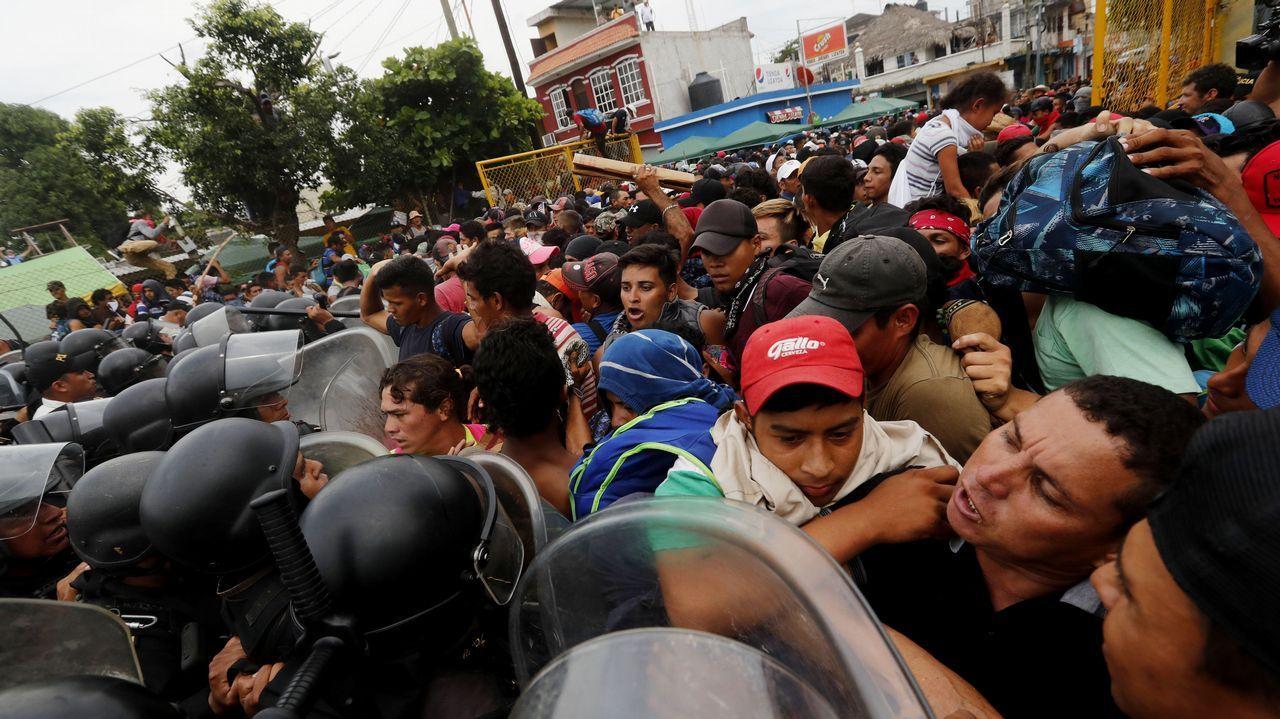 Opositora, madre y base en la élite.Comerciantes de El Llano, en pleno «truco o trato» en 2017