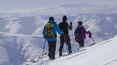 La nieve resiste en la montaña de Lugo