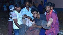Más de cien muertos en el incendio de un templo en la India