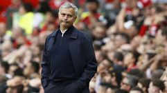 Mourinho: «Decepcionado con alguna actuación individual y con el árbitro»