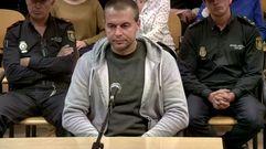 Antonio Ortiz impasible ante el testimonio de dos de las niñas agredidas