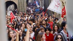 Los estudiantessalen a la calle para protestar por la reválida