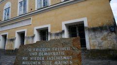 El Parlamento austriaco aprueba la expropiación de la casa natal de Hitler
