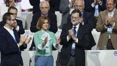 Ovación de los populares en recuerdo de Rita Barberá
