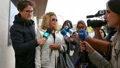 Los padres de Diana Quer llegan a los juzgados de Ribeira