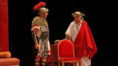 ¡Búscate en el estreno de la obra César a gusto en el Coliseo Noela!