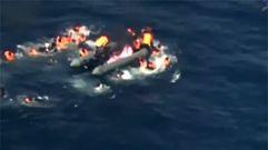 Rescatan en el Mediterráneo a 34 inmigrantes tras incendiarse la lanchan en la que viajaban