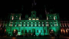 Edificios de todo el mundo apuestan por el verde en contra de Trump