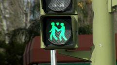 El Ayuntamiento de Madrid instala semáforos «gay friendly»