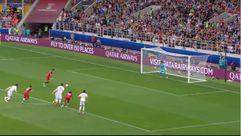 El VAR le dio un penalti a Portugal