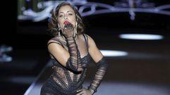 Hiba Abouk, estrella del desfile de Andrés Sardá en laMadrid Fashion Week