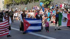 Multitudinario desfile del Día de América en Asturias