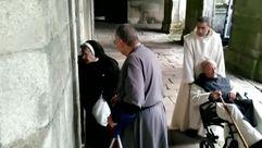 Los monjes vuelven al monasterio de Oseira