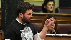 El «show» de Rufián vuelve al Congreso