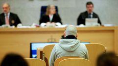 El acusado de estafar a casi 400 familias con células madre acepta cuatro años y medio de prisión