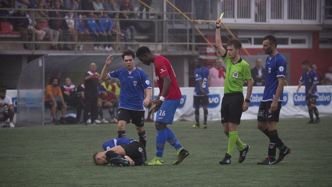 Gol Steven Vetusta Bilbao Athletic.Steven celebra su gol ante el Bilbao Athletic