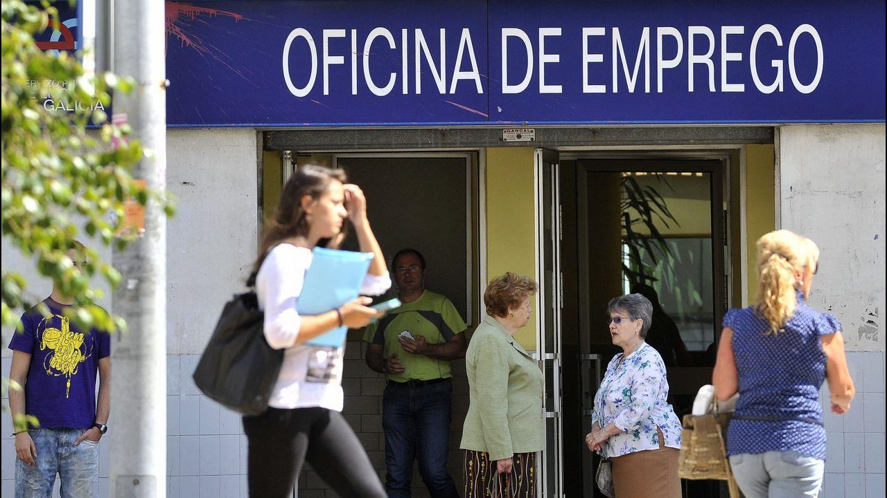 Eloy Alvarellos abrió recientemente un establecimiento hostelero en A Laracha y contrató a ocho personas.