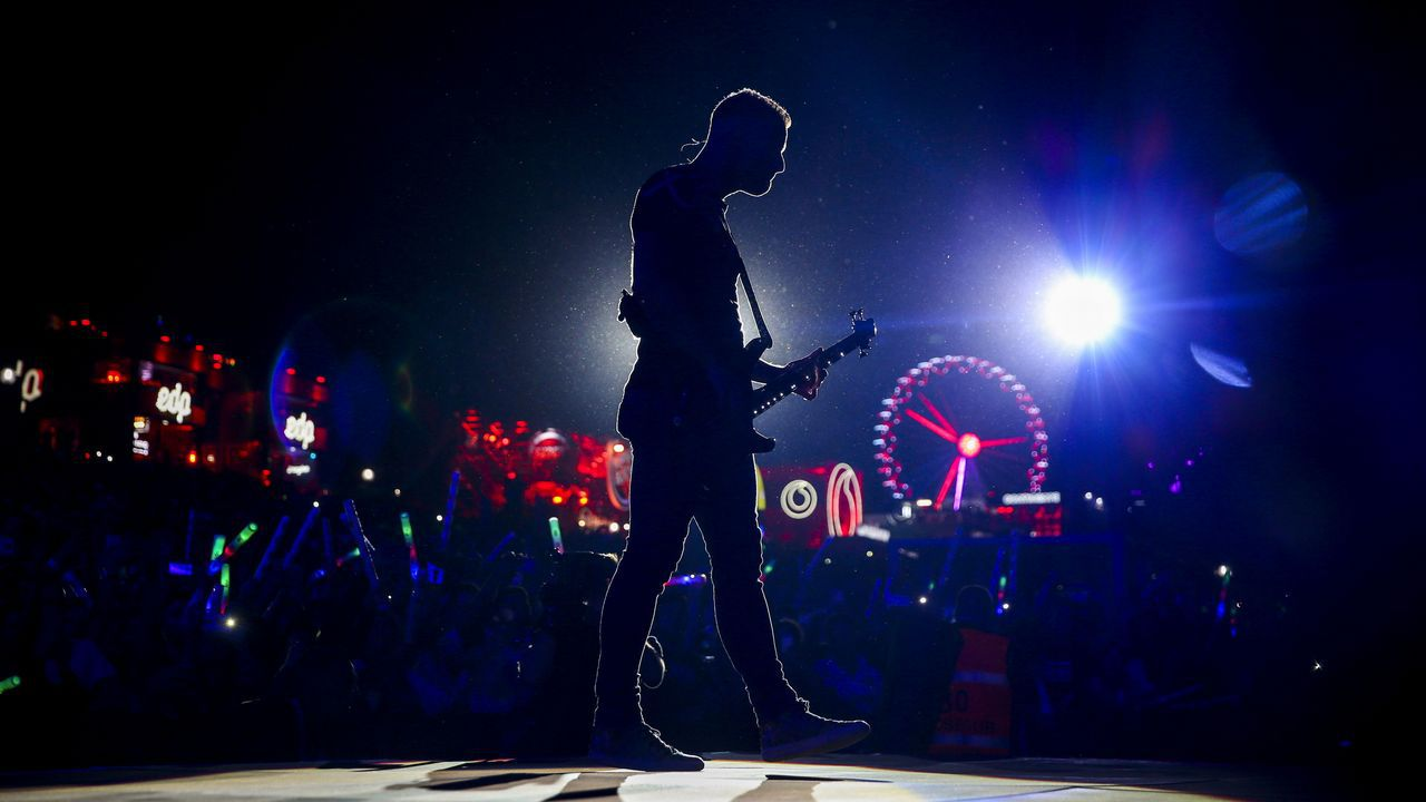 Bajista Christopher Wolstenholme, de Muse, en el Rock in Rio Lisboa 2018
