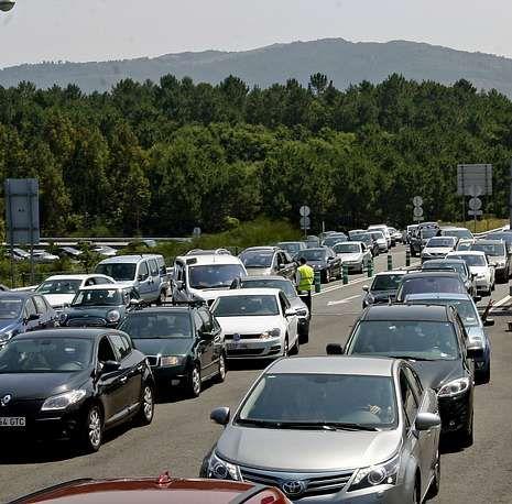 Hace solo una semana, las retenciones en el peaje de Curro soliviantaron a cientos de conductores.