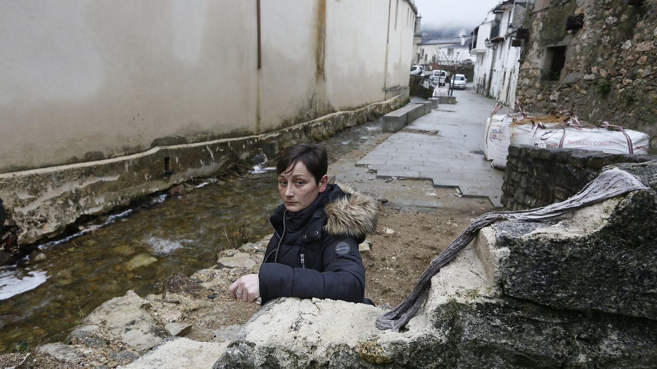 «Xunqueira segue en perigo porque despois de limpar o río trala riada xa non volveron».Granizo y nieve en A Mariña