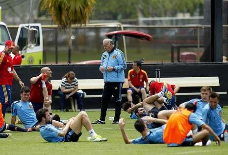 El España 2 - Haití 1, en fotos.En la imagen, los jugadores de la selección en un entrenamiento en la Universidad Barry.