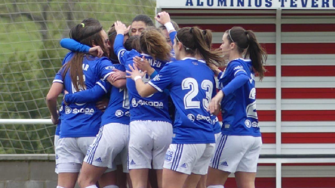 Gol Carol Gonzalez Real Oviedo Femenino Sporting Mareo.Las futbolistas azules celebran el primer gol ante el Sporting