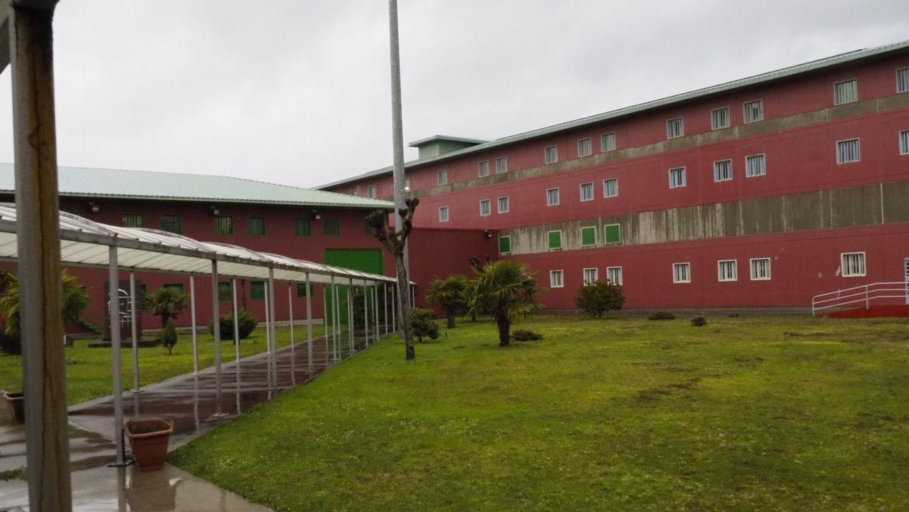 Concurso choqueiro en la Grande Obra.Algunos de los reclusos accedieron al tercer grado mediante su ingreso en la comunidad terapéutica de O Confurco