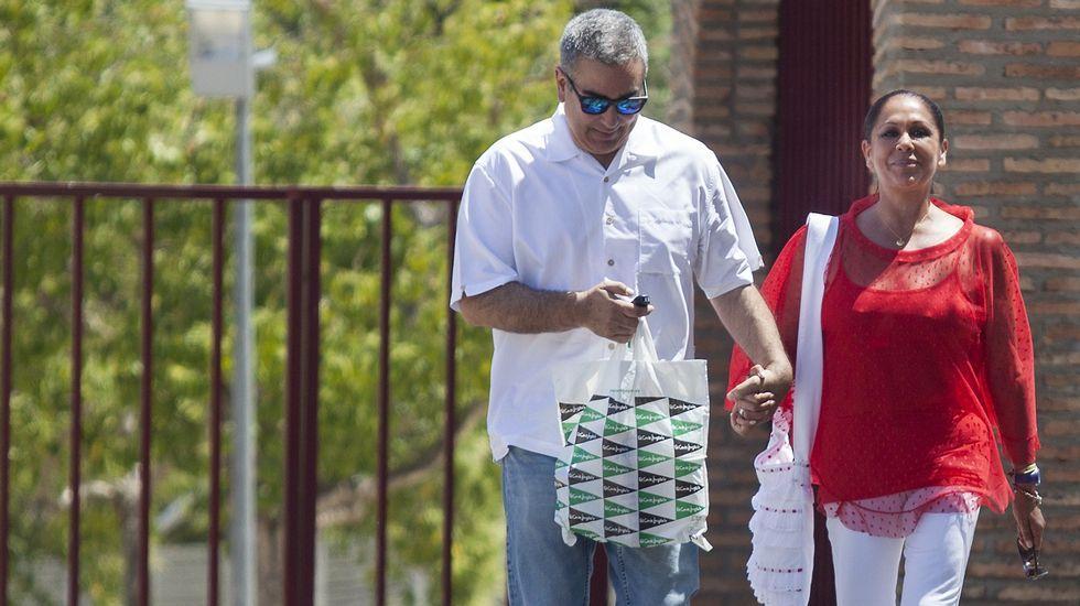 Isabel Pantoja sale de la cárcel para un permiso de cuatro días.Isabel Pantoja, saliendo de la cárcel para un permiso
