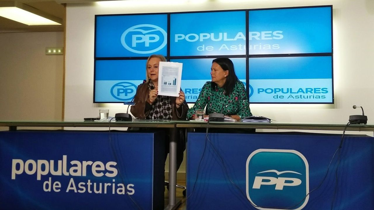 El Centro de Discapacitados Stephen Hawking, en Langreo.Mercedes Fernández y Susana López Ares