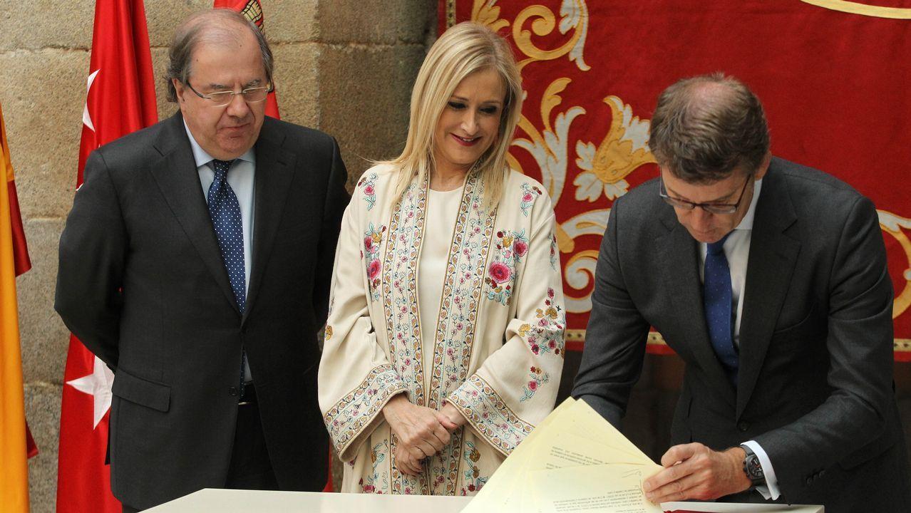 El 39 aniversario de la Constitución española.Zaplana, Botella y González, en una imagen de archivo