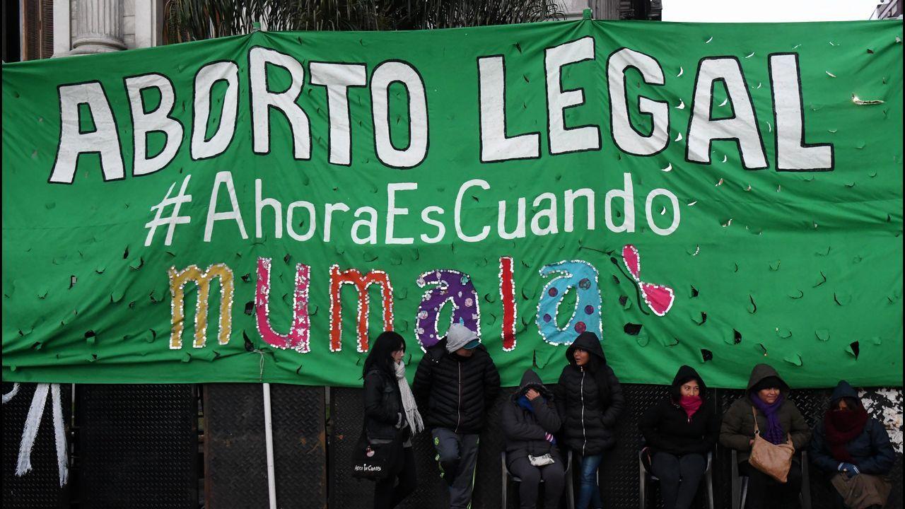 .Manifestantes a favor de la legalización del aborto en Argentina