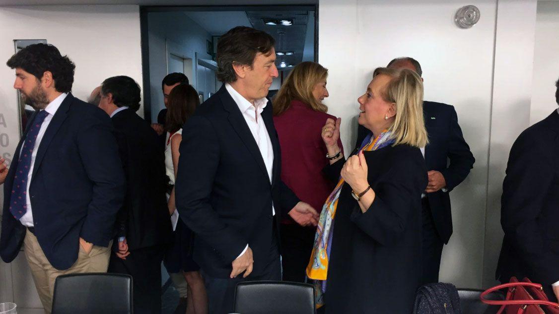 Rafael Hernando y Mercedes Fernández en el Comité Ejecutivo Nacional del PP