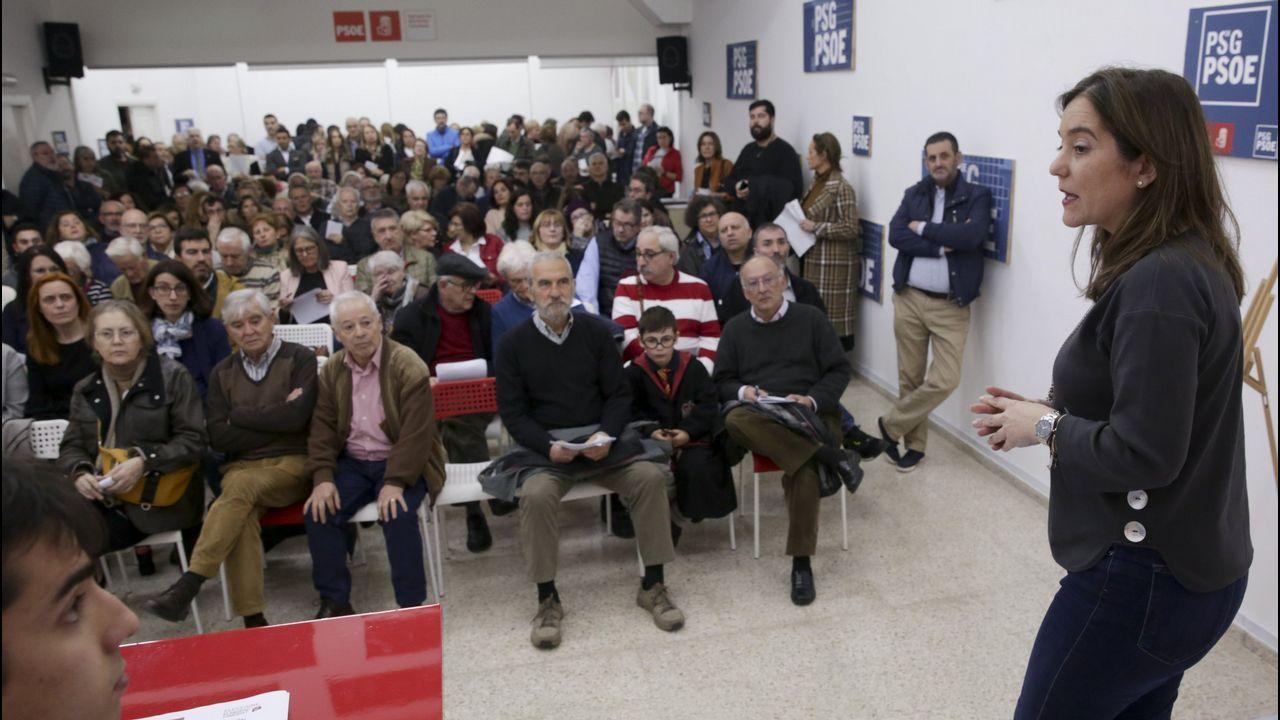 Irene Montero: «Qué son las cloacas del estado, sino un mecanismo para garantizar que votáis bien».A conselleira de Política Social,  Fabiola García, con el alcalde de A Coruña, Xulio Ferreiro, y la concejala de Servicios Sociales, Silvia Cameán