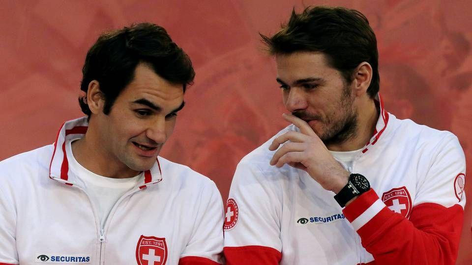Francia y Suiza pelean por la Davis.Tras celebrar en Brisbane su victoria número mil, Federer afrontará el Open de Australia.