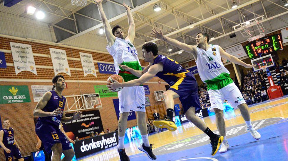 .Partido del Oviedo Baloncesto en Pumarín