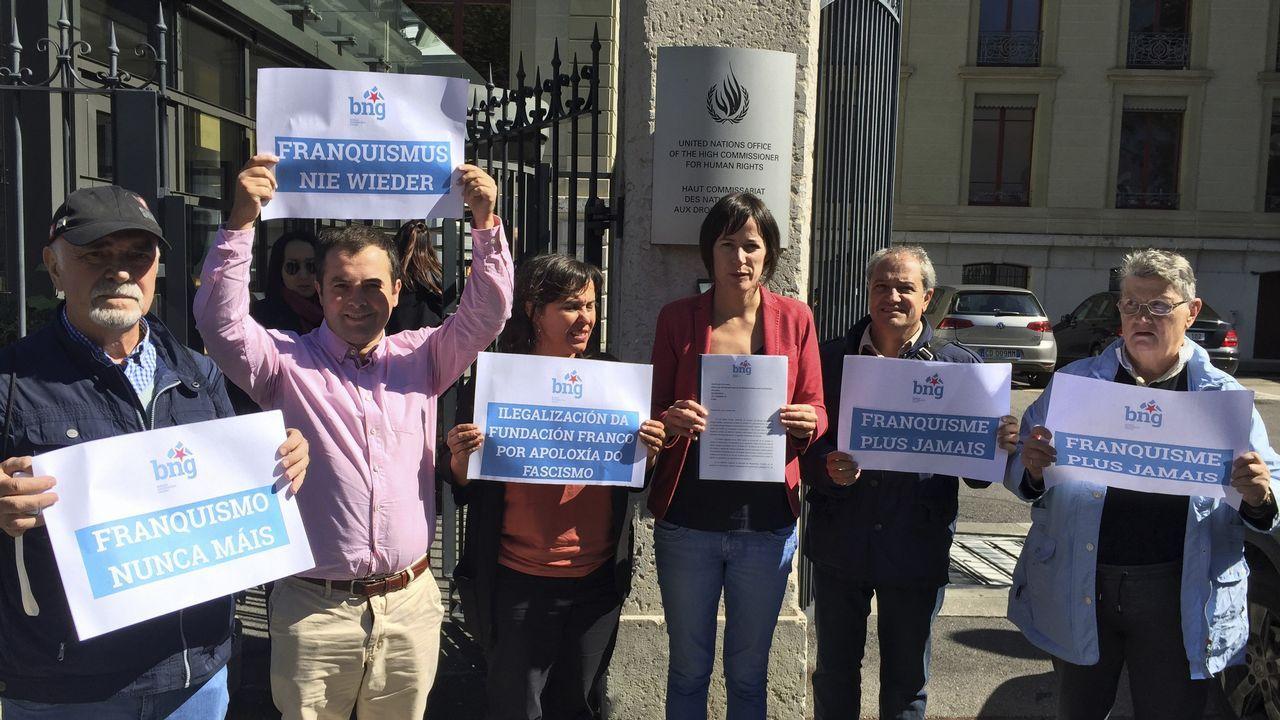 «El Pazo de Meirás es una anormalidad democrática».La eurpdiputada Ana Miranda atiende a la prensa tras el encuentro con Puigdemont