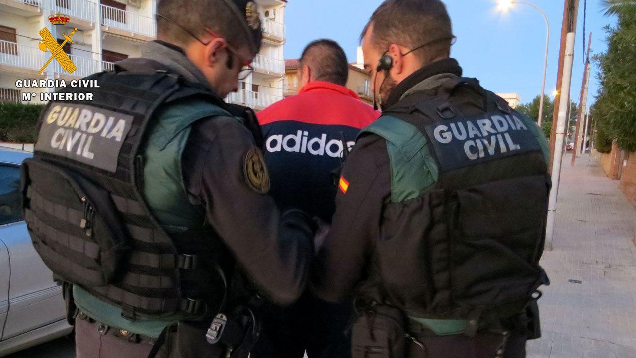 La Guardia Civil desarticula una la banda que operó en Gijón y Villaviciosa.La letrada de la acusación particular, Bibiana de la Puente