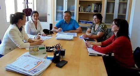 En la fotografía, un momento de una reunión preparativa del encuentro que se celebrará en As Pontes.