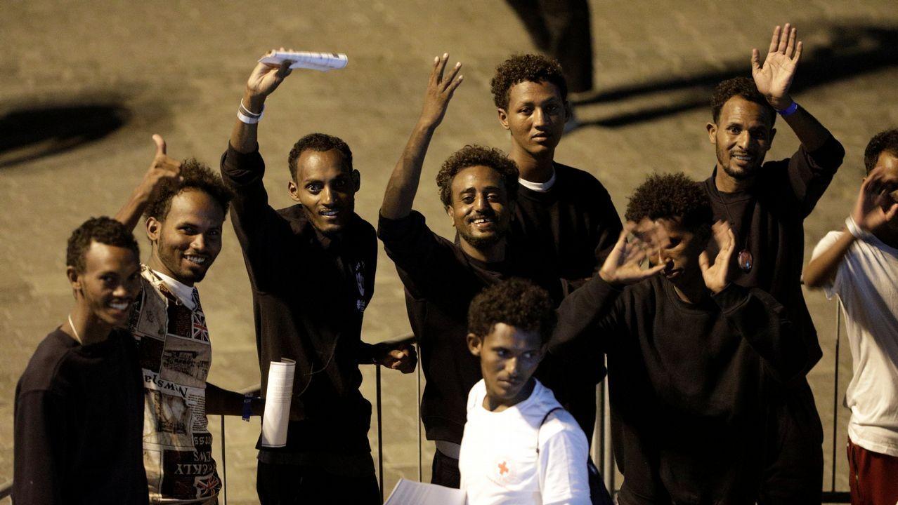 .Inmigrantes del «Dicoti» desembarcan en Catania