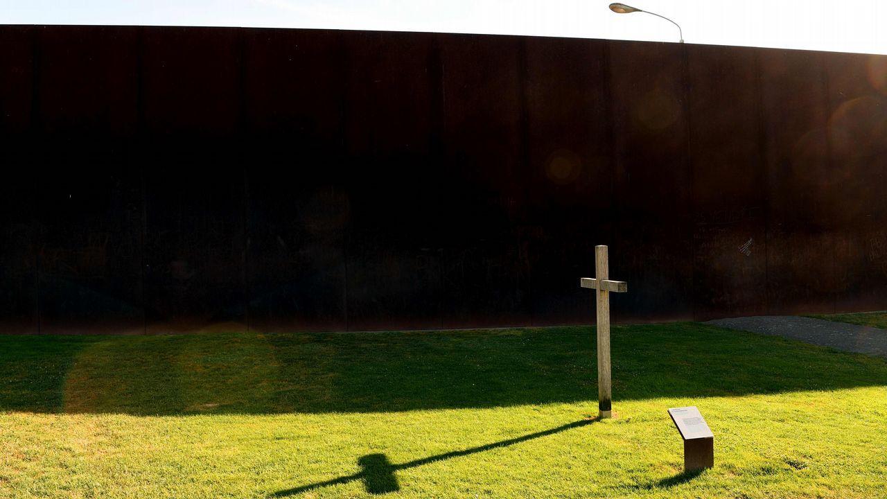 La construcción del Muro de Berlín comenzó el 13 de agosto de 1961