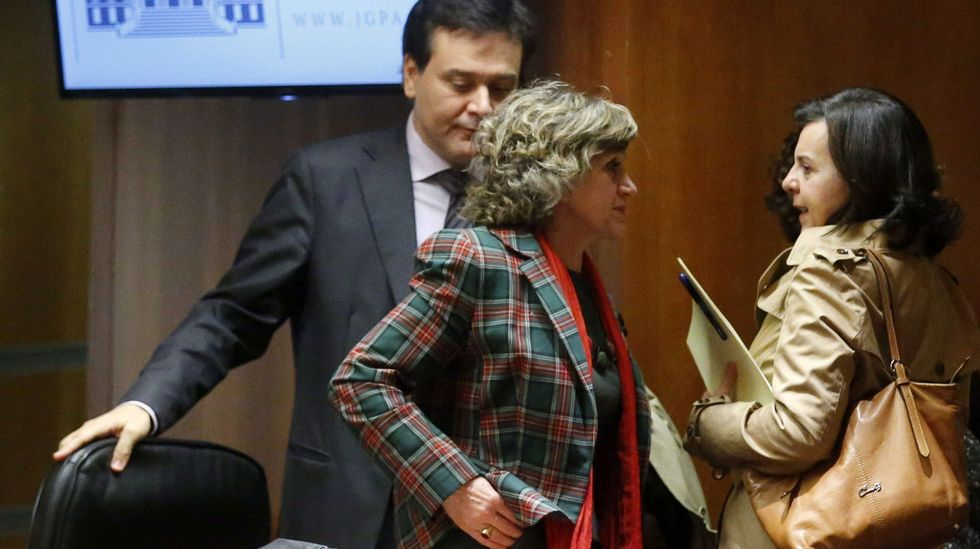 La cara B de la toma de posesión.Mercedes Fernández