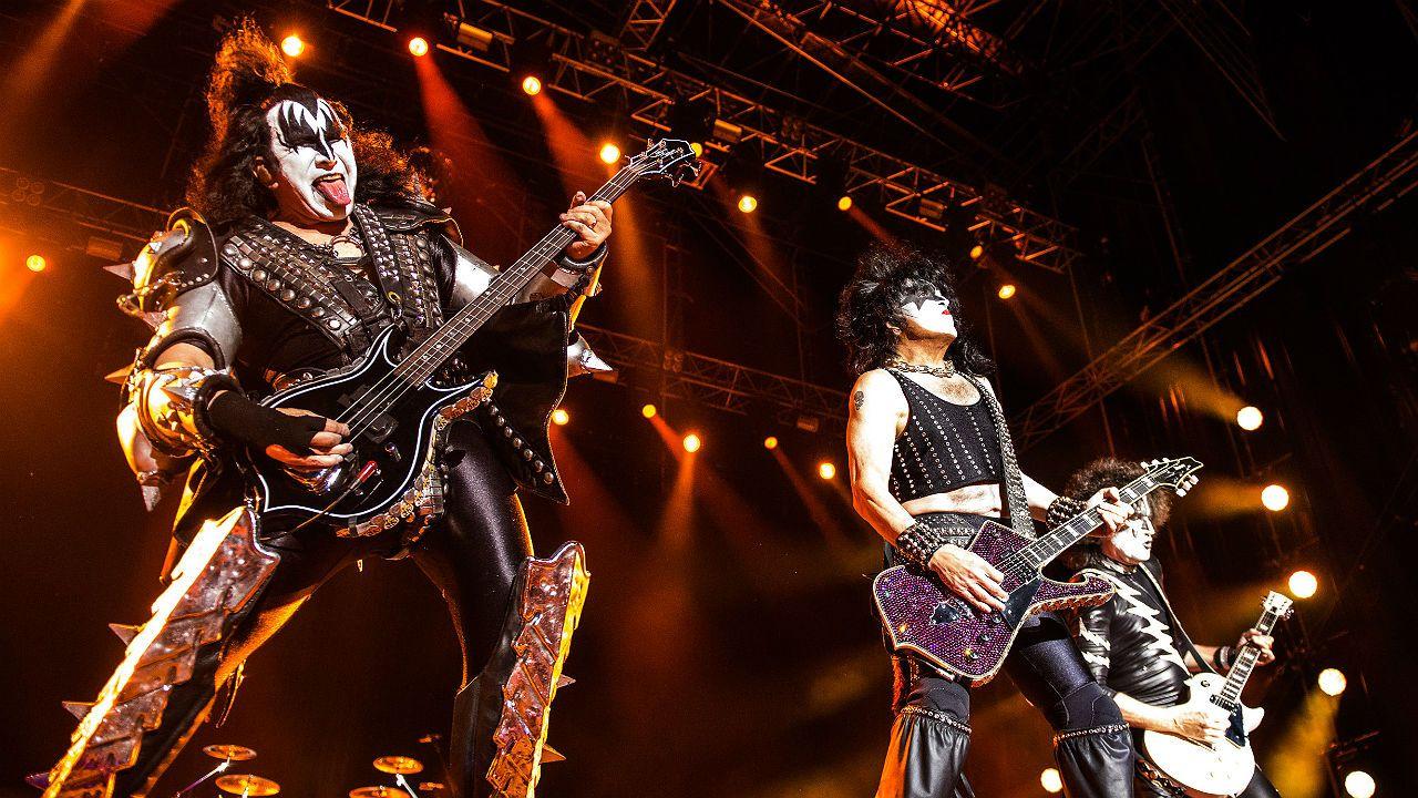 Kiss en concierto en el estádio municipal de Oeiras, en Portugal