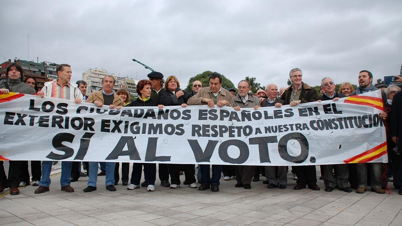 Una de las manifestasciones de españoles emigrantes para que se modificara la ley electoral